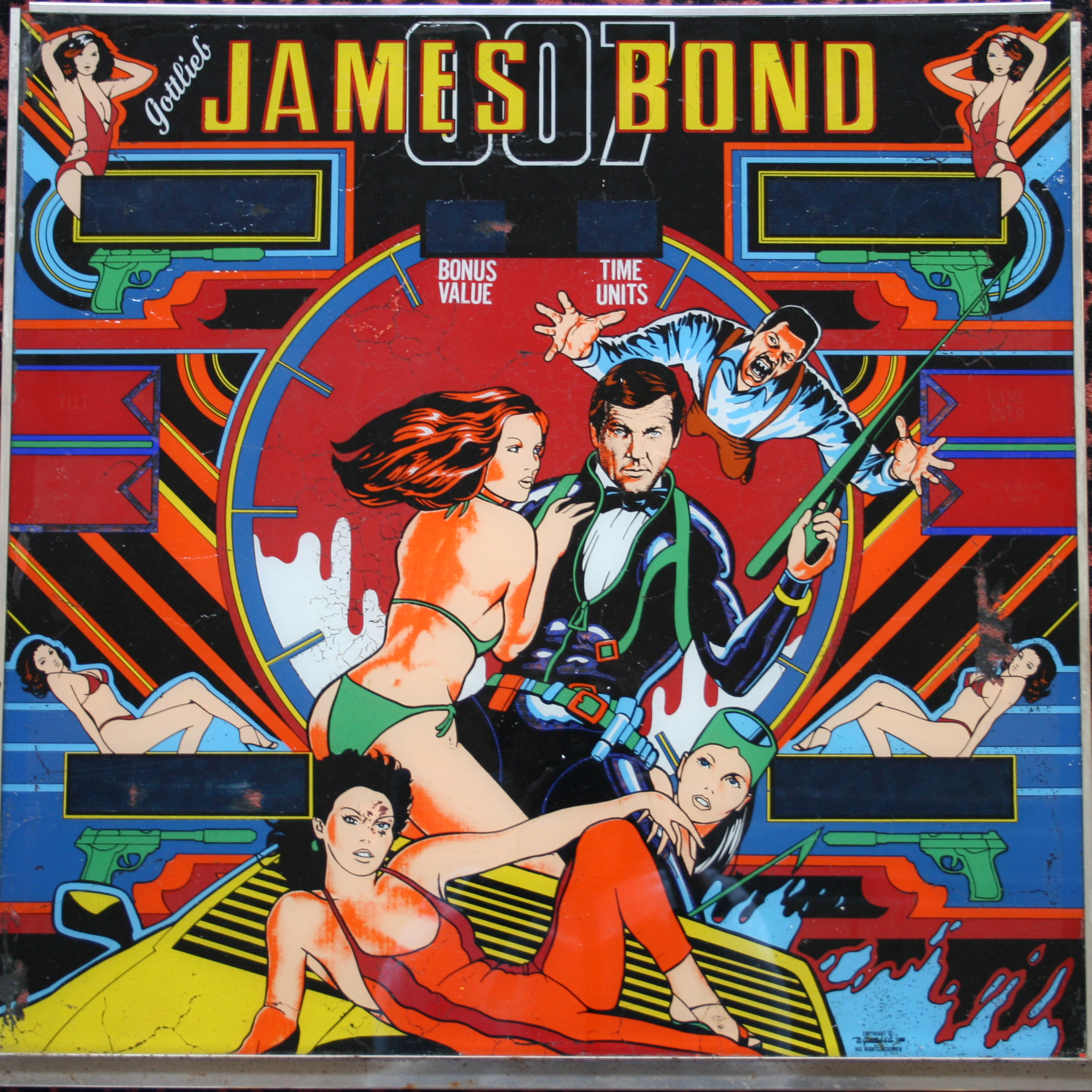 JAMES BOND * PINBALL MACHINE GLASS 1980