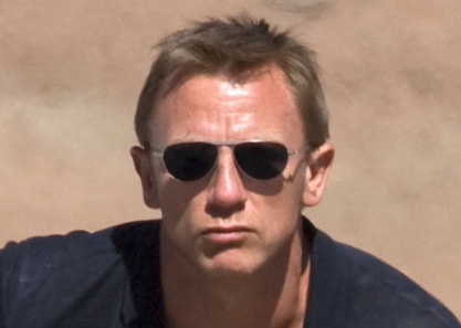 Tom Ford sunglasses in QUANTUM OF SOLACE used by Daniel Craig