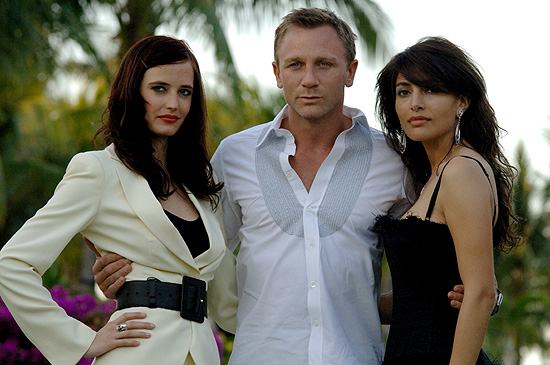 Eva Green, Daniel Craig and Caterina  Murino