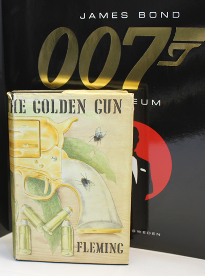 First Edition 1965 Ian Fleming James Bond THE MAN WITH THE GOLDEN GUN